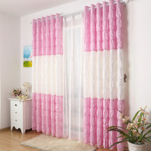 White-and-Pink-Wrinkle-Curtains-Design-to-Make-Chic-Room-CTMAKT15032611536-1